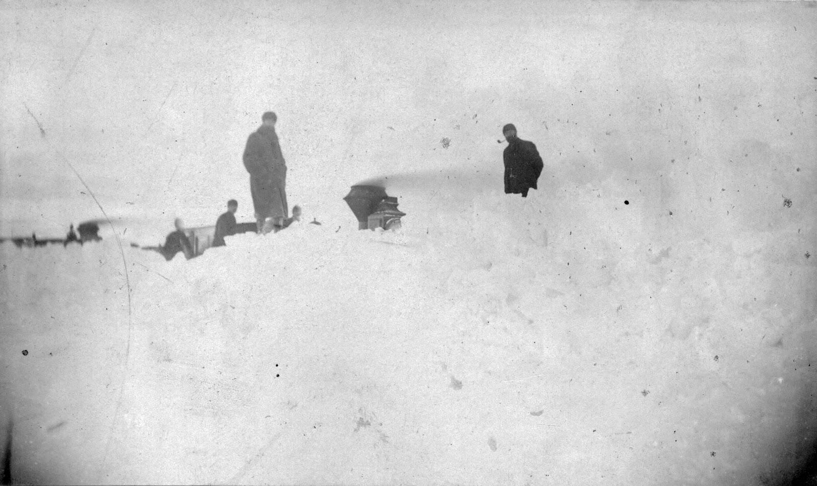 Narrow gauge engine stuck in snow drifts near Winnifred, 1887.  Courtesy the Galt Museum & Archives: 19760234134