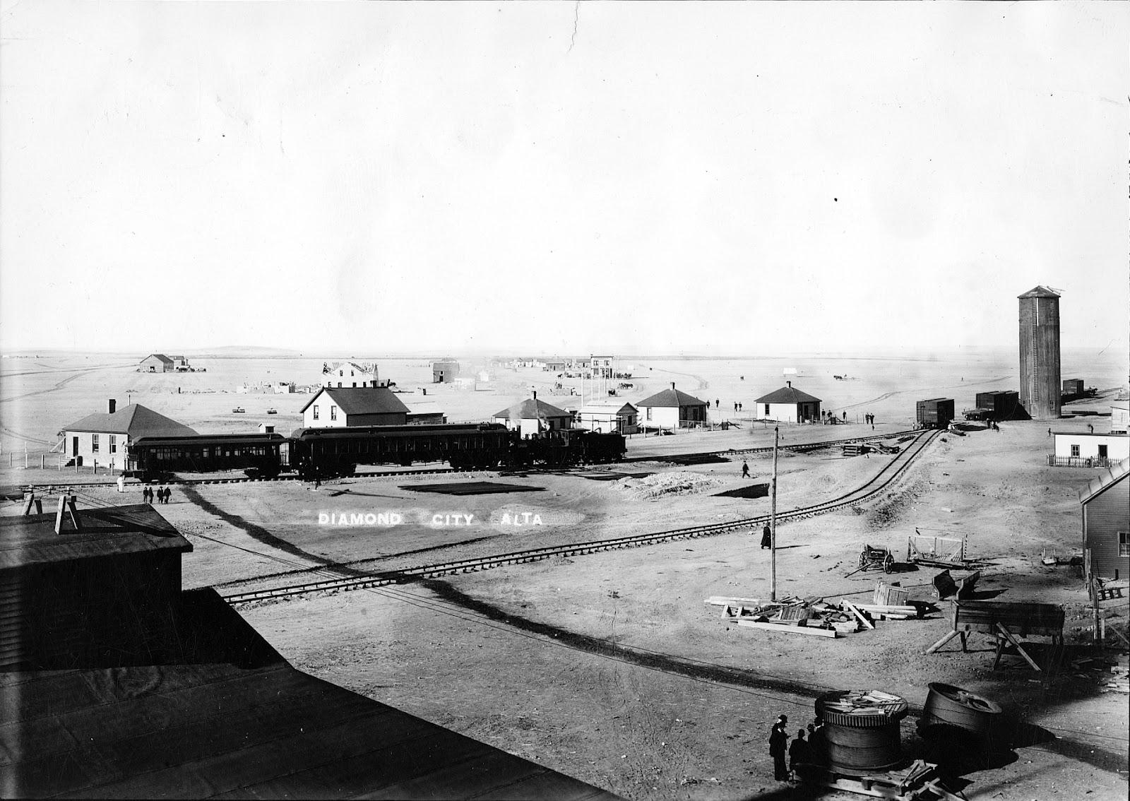 Diamond City.   Courtesy the Galt Museum & Archives: 19730023014