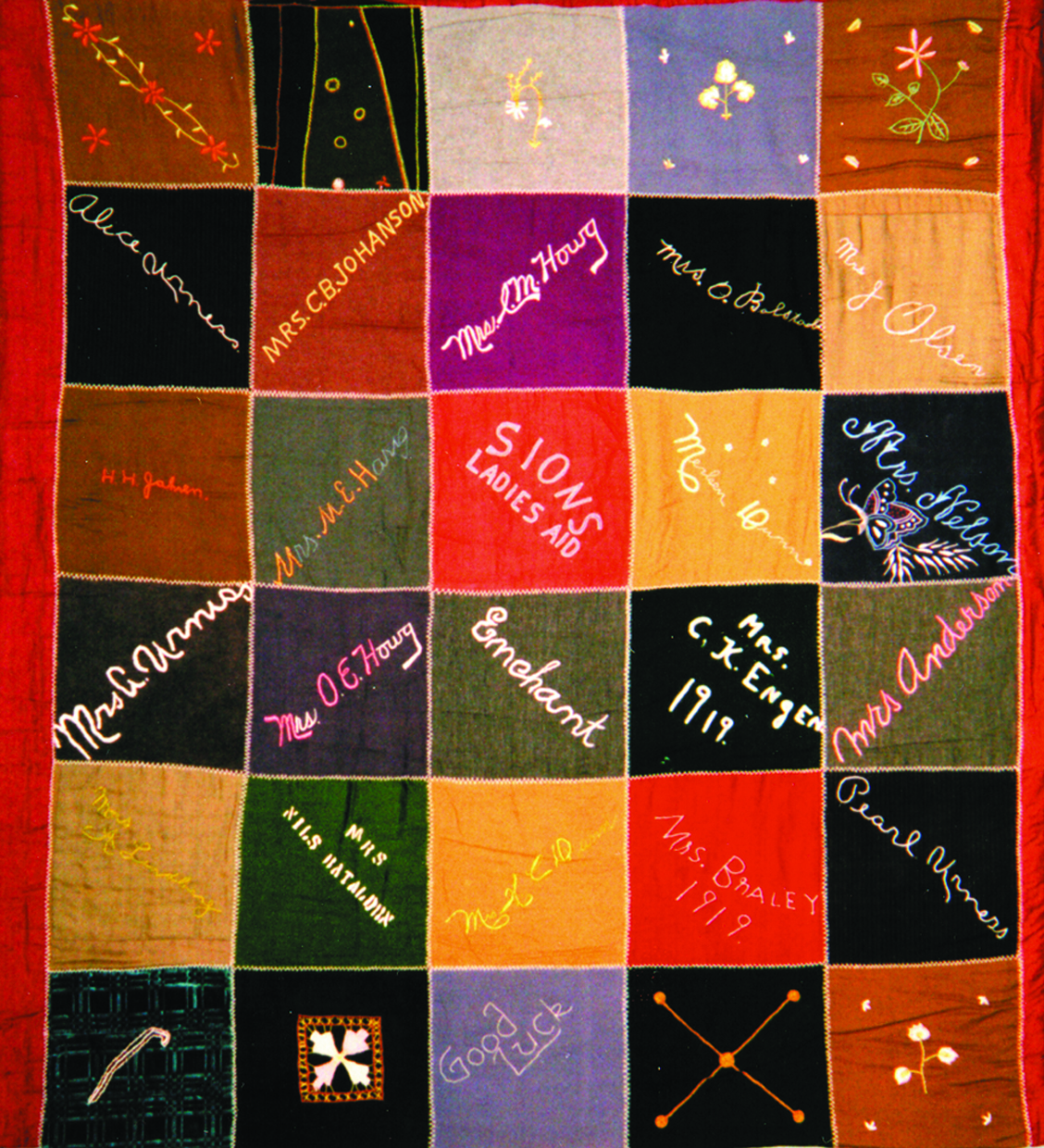 Enchant Sions Ladies Aid Quilt, 1919. Photograph from Lethbridge living archives, Spring 2005.