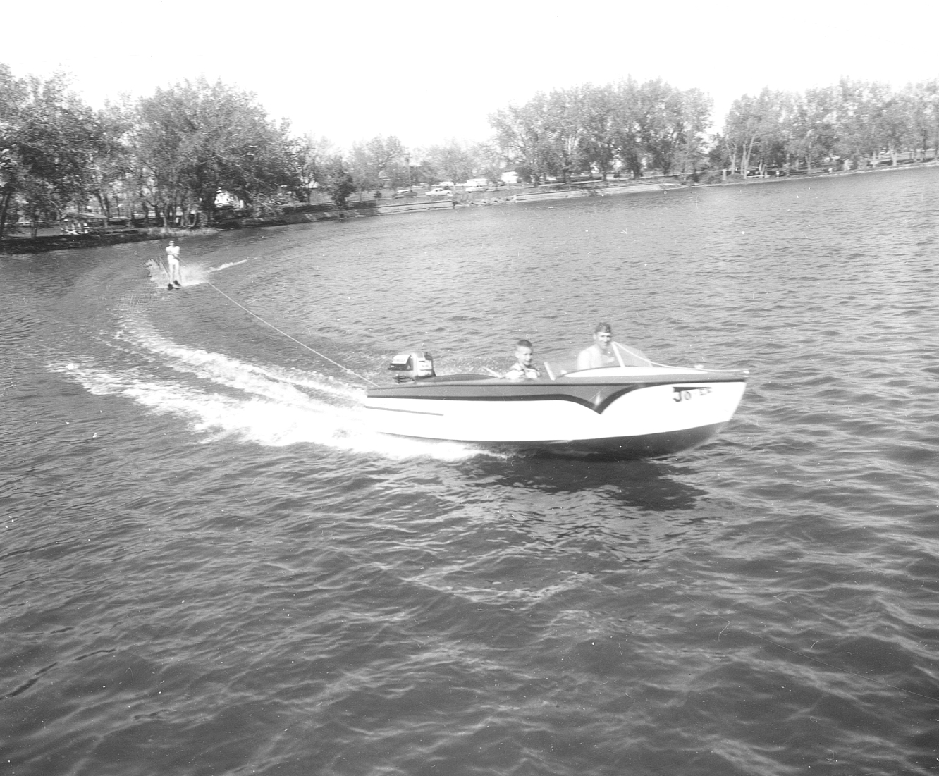 Waterskiing on Henderson Lake, 1958. Galt Archives 19753500044
