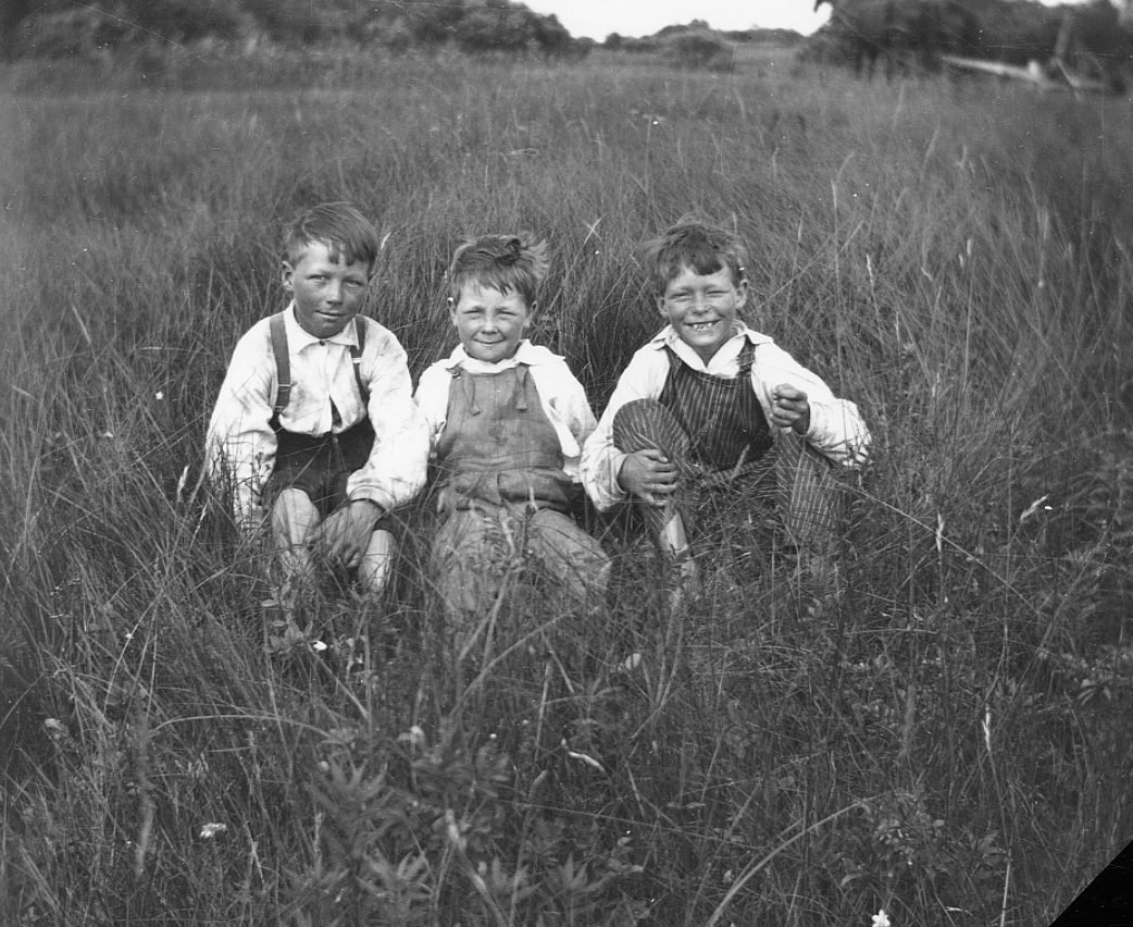 Three unidentified young boys during the Great Depression, 1930s. Galt Archives 19752990123
