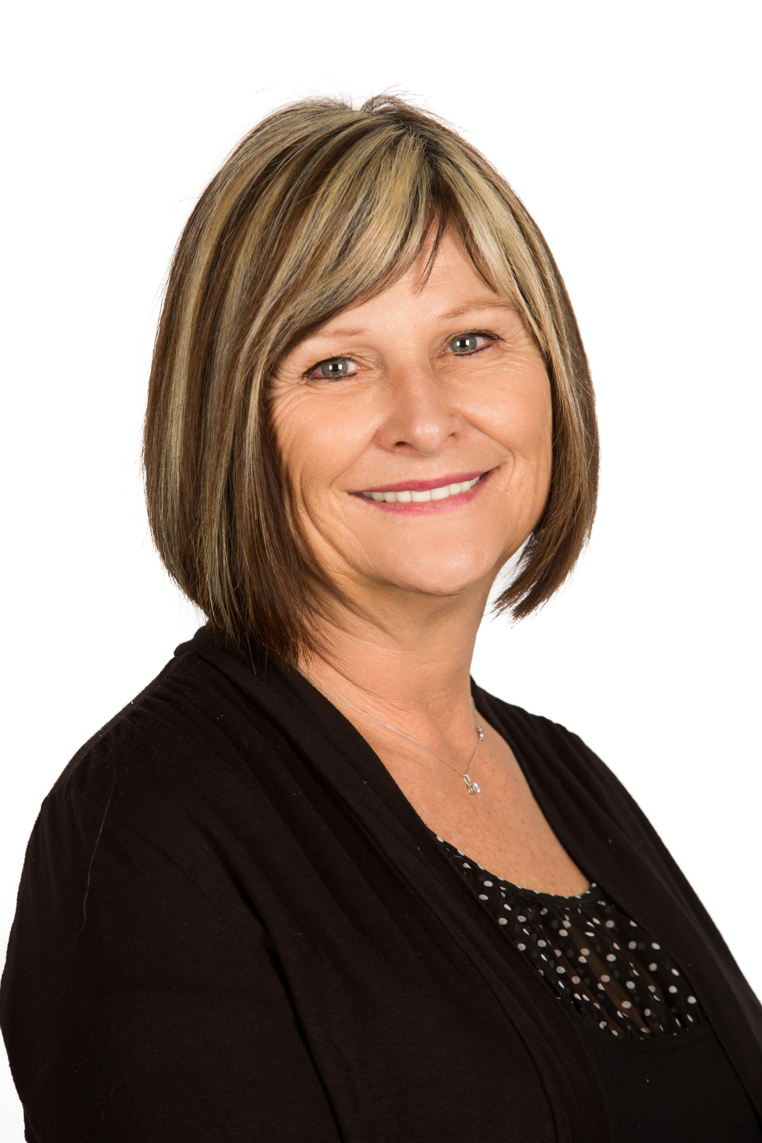 Evelyn Yackulic, Operations Manager