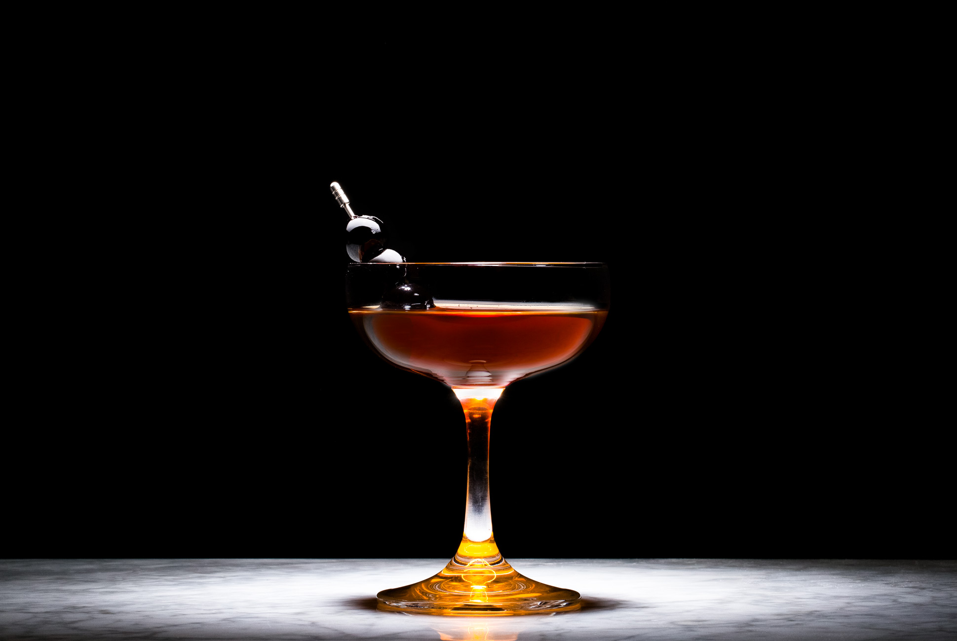 Manhattan-Cocktail-Gear-Patrol-Lead-Full.jpg