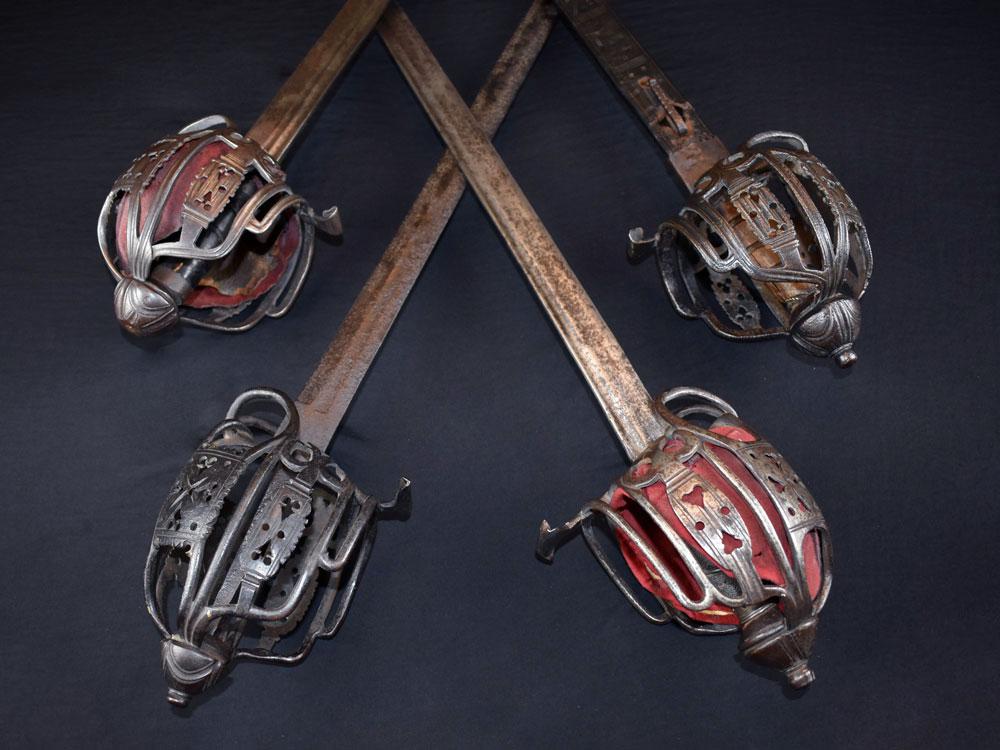gallery-swords.jpg
