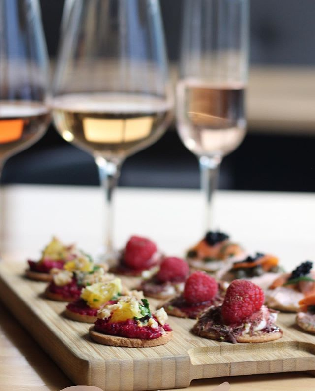 Join us Thursday evening for @rosepartewpg where we're featuring three rosés each paired with the perfect bite to complement the wine.  Live music starts at 7pm. Our featured pairing are:  Cuvée Jean-Louis - a light & crisp sparkling wine with notes of apricot, apple and honey. We're pairing it with a hemp crisp topped with tomato mascarpone, capers, smoked salmon, caviar & dill (gluten friendly)  Tavignano Rosato - a dry & fresh rosé with apricots and red fruits. We're pairing it with a pita chip topped with beetroot hummus, chopped arugula, roasted nuts & orange (vegan)  Castello del Poggio - a sweet, fruity & crisp wine with white peach, cantaloupe & pomegranate. We're pairing it with a wafer cookie topped with whipped mascarpone, raspberry, fig & red wine syrup and lemon zest  #FindItDownTown #RoseParteWpg #ExploreMB