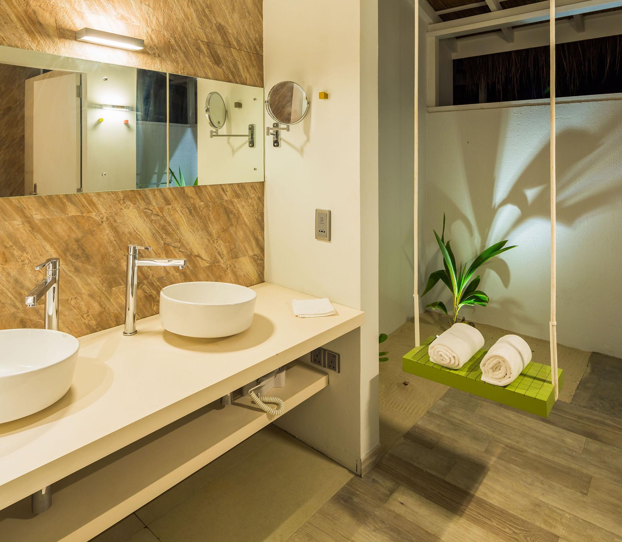 Beach Villa Toilet.jpg