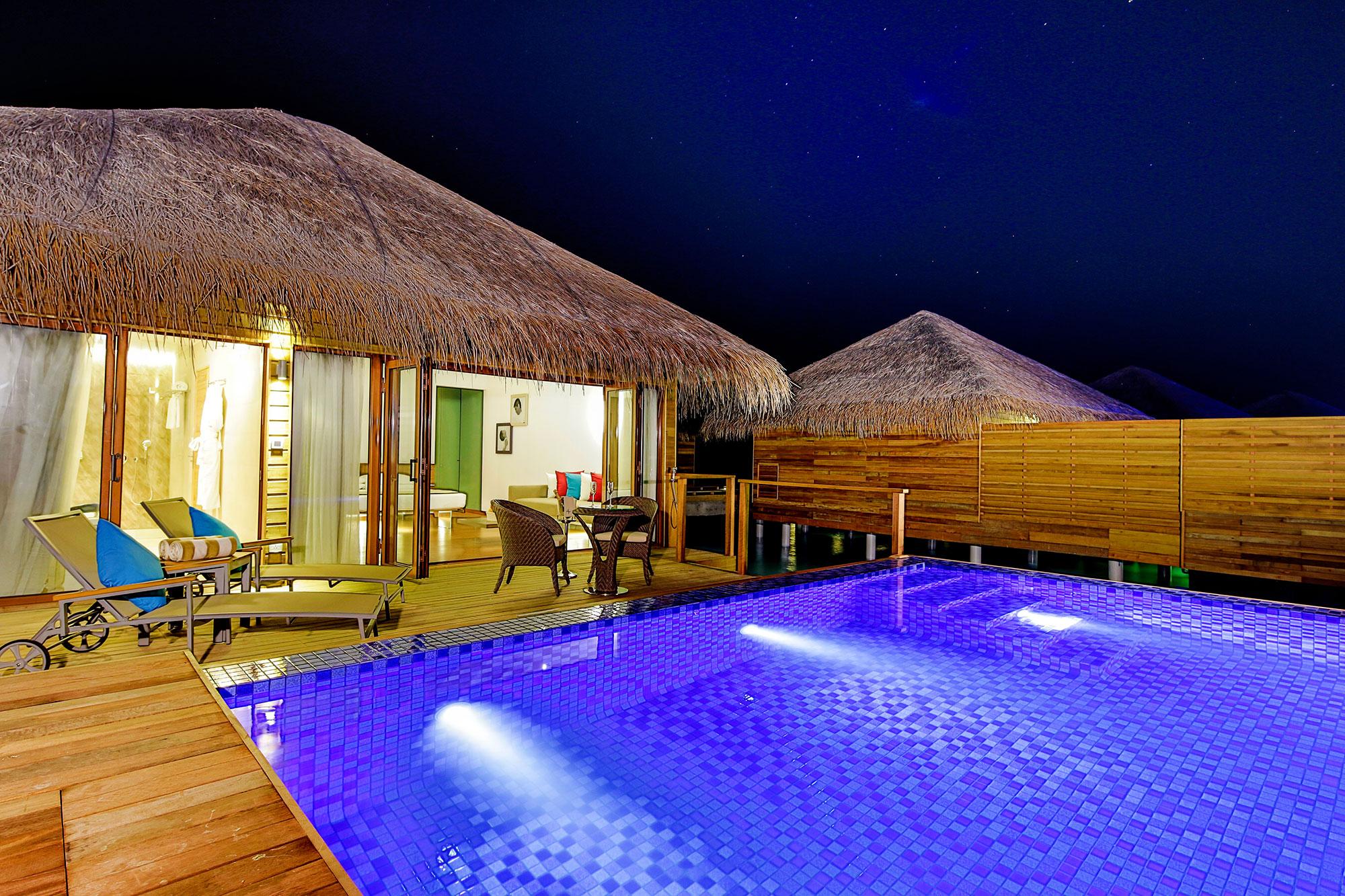 Lagoon-Suite-Pool-016.jpg