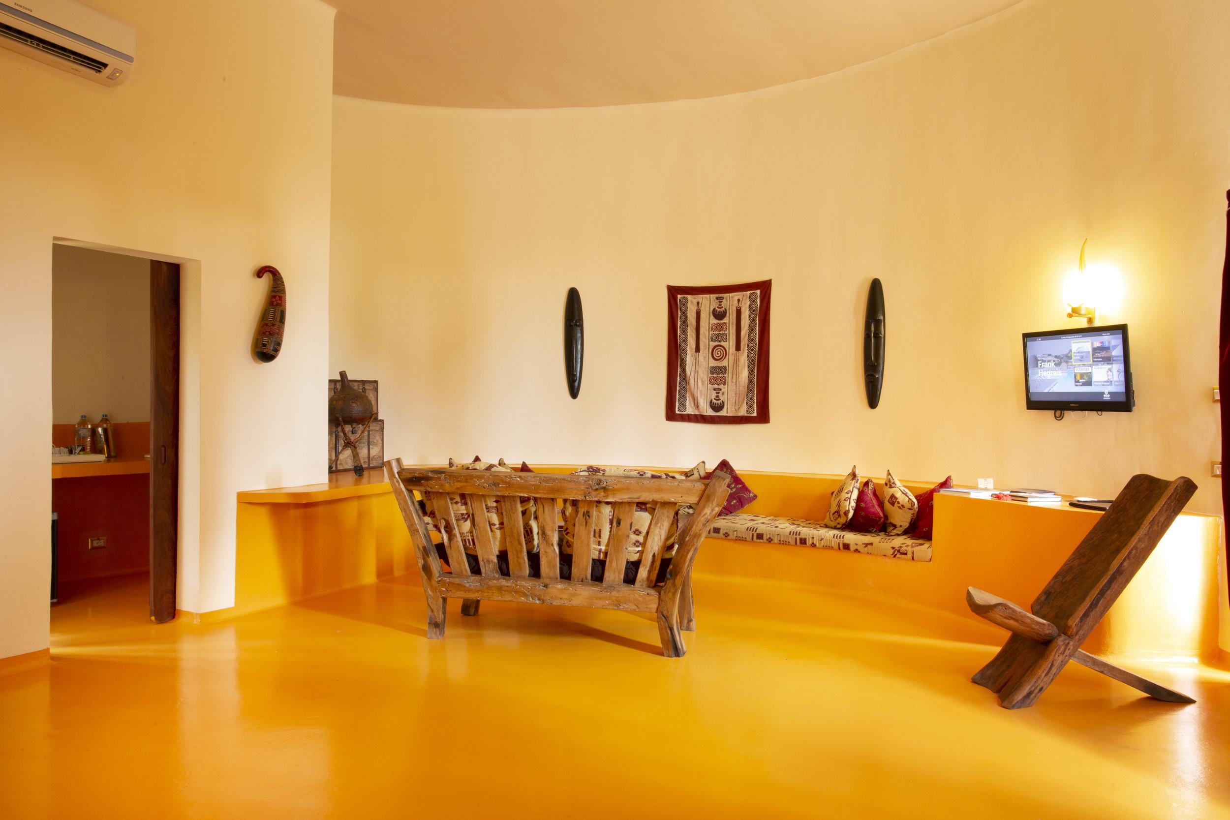 Africa_Villa_Livingroom.jpeg