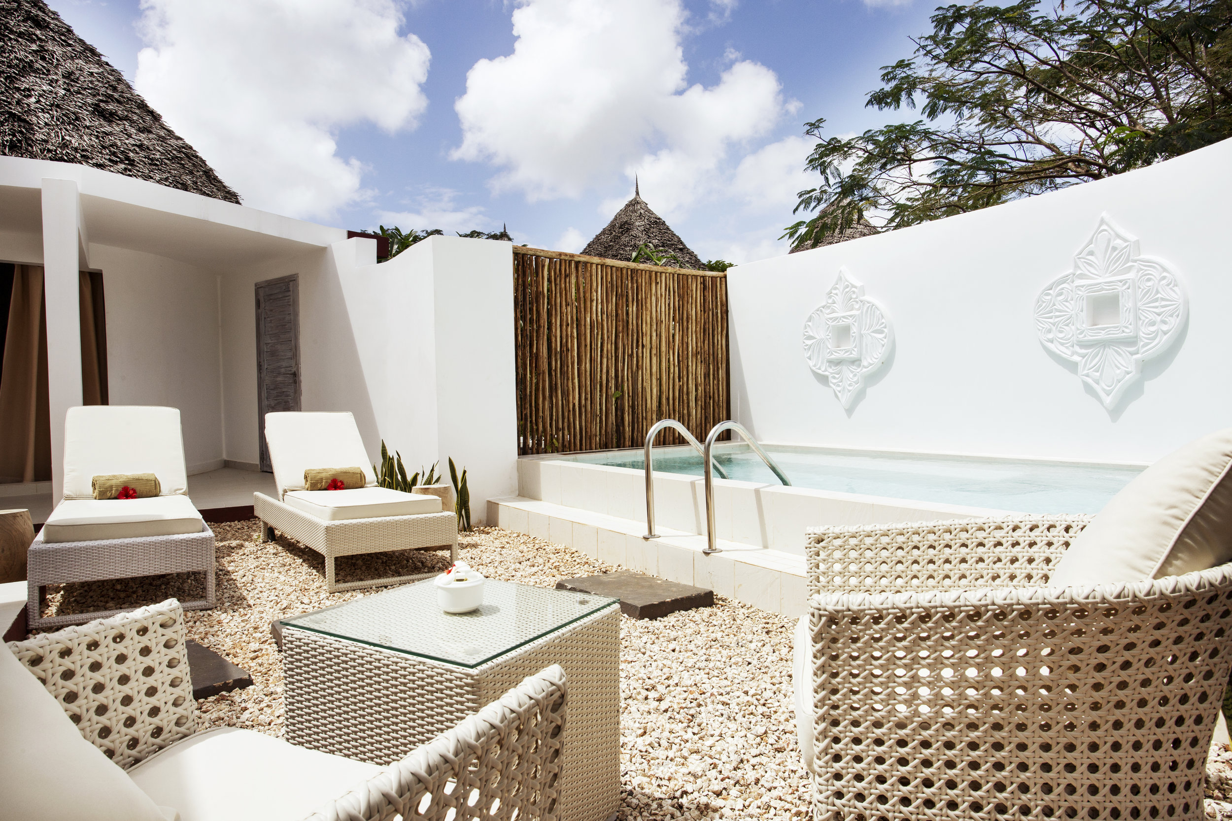 Jungel-villa-pool805.jpg