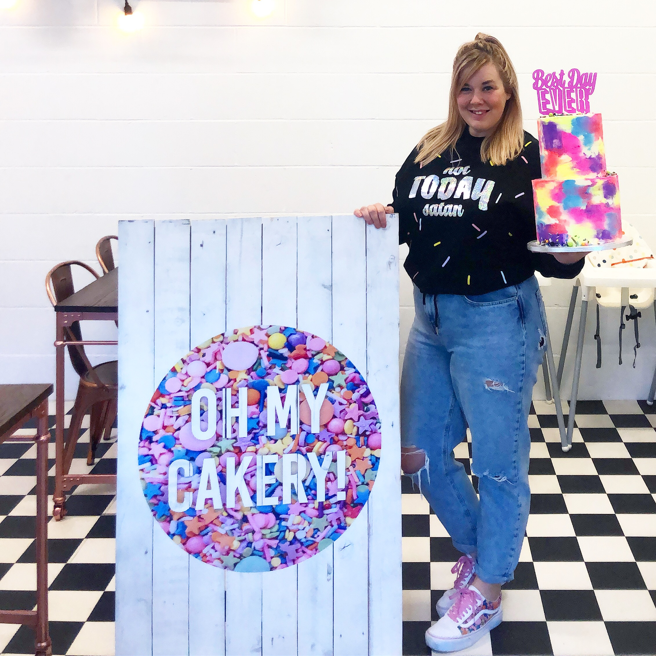 FOUNDER & PARTNER OF OH MY CAKERY, KIRSTY LUND