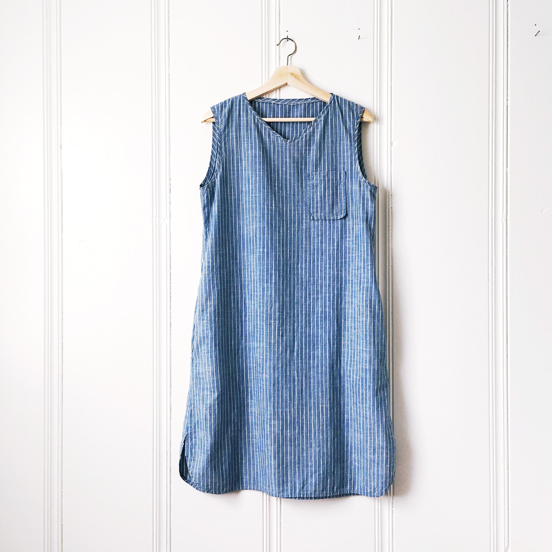 sleeveless_dress_blue_stripe.jpg