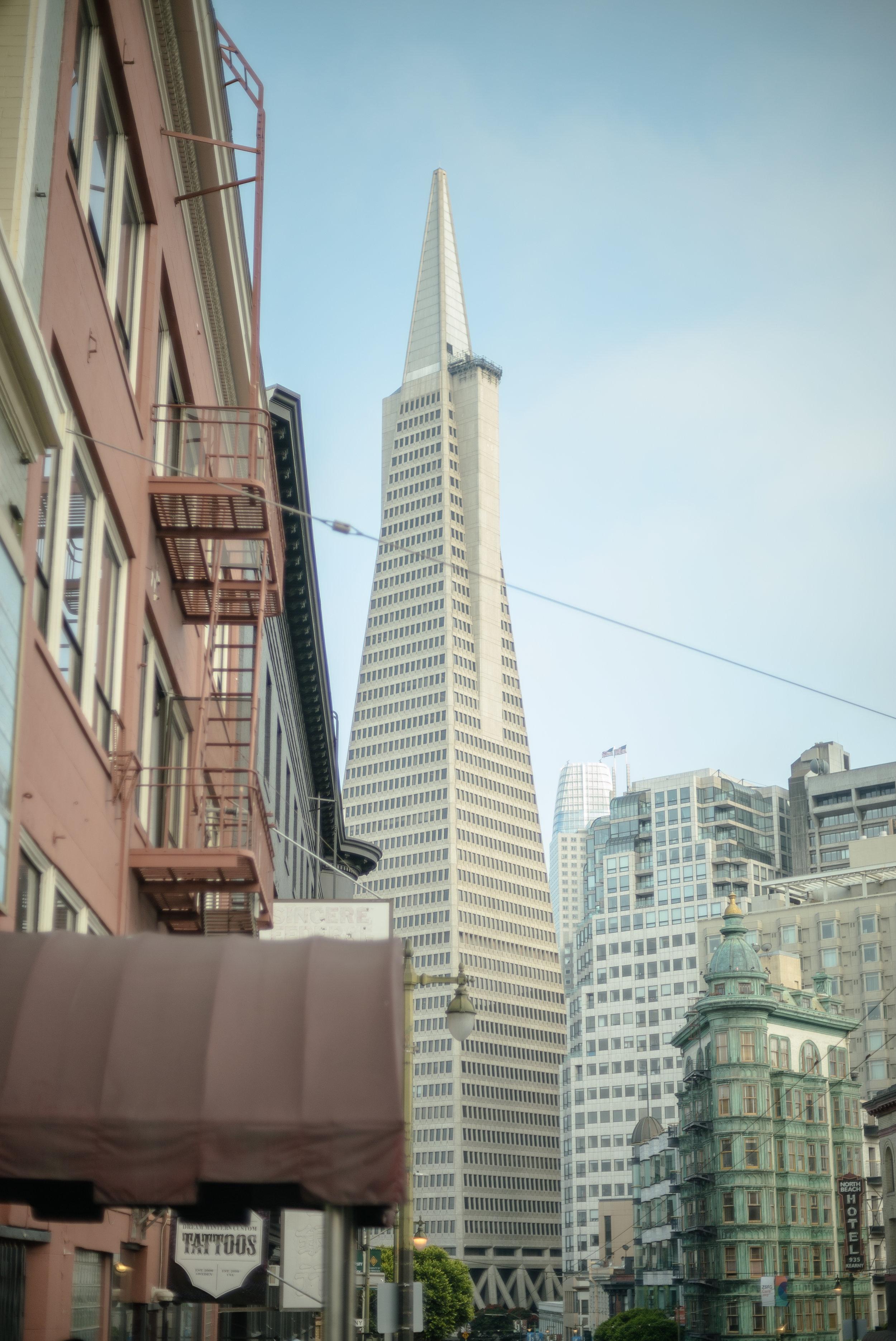 Transamerica-Pyramid-San-Francisco.jpg