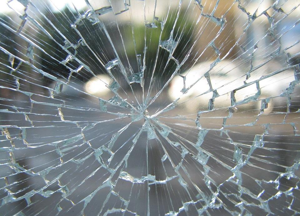 glass-89068_960_720.jpg