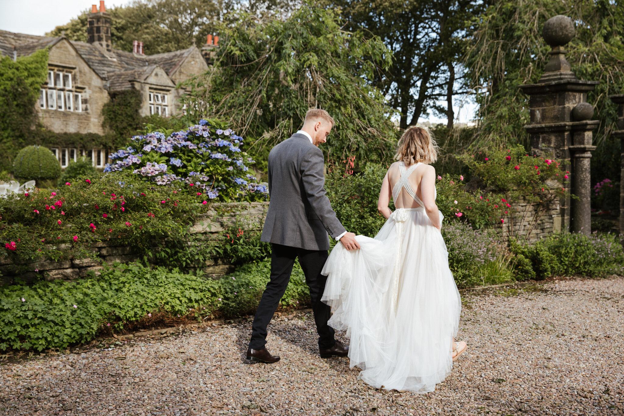 Leeds-Yorkshire-Wedding_Joanne-Crawford-12.JPG