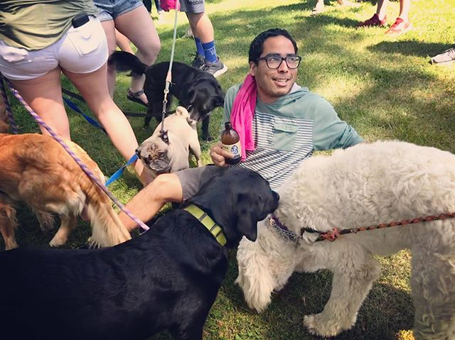 King of the Canines @josetheviolinist #dogsinthepark #leyda