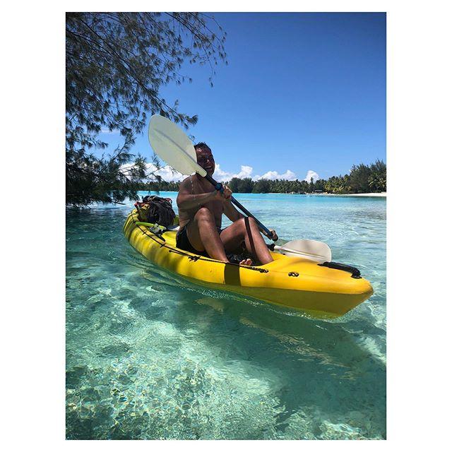 Canoeing my way through the week 🛶 😎  #newweek #instadaily #canoe