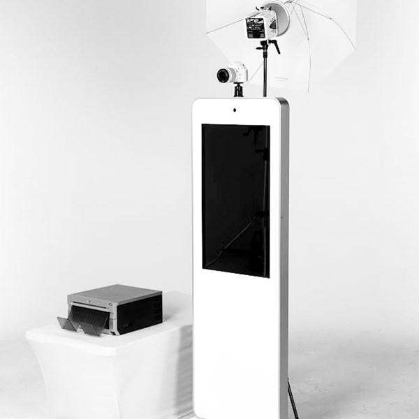 selfie station pic.jpg