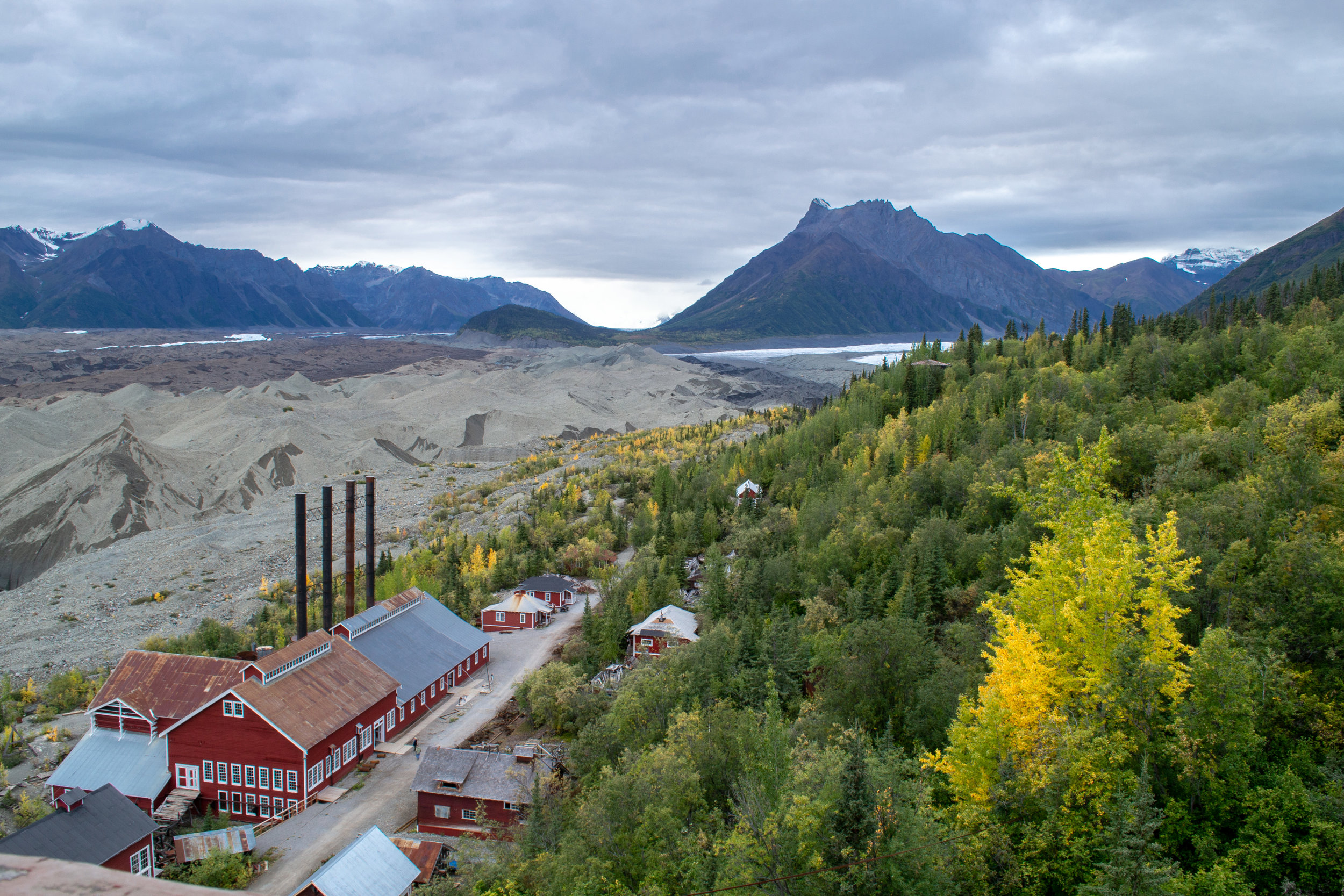 Historic Day-Trip: Kennecott Mill Building and Kennicott Glacier