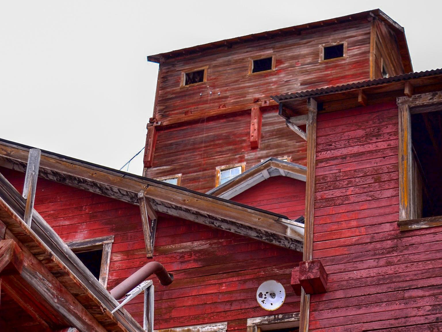 Historic Day-Trip: Kennecott Mill Building
