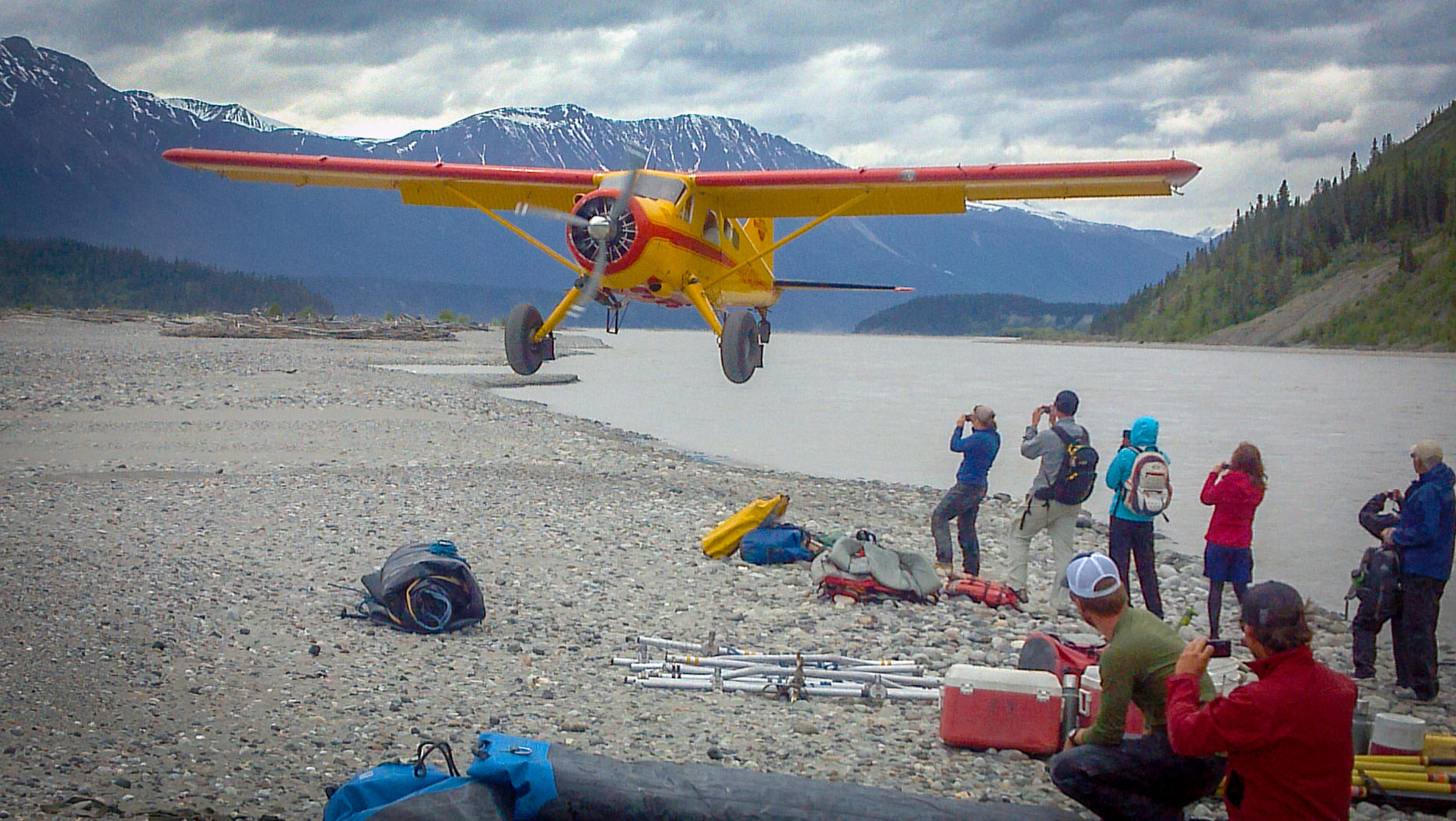 Dropoff Rafting Trips: Rafters Waiting for Pickup, Beaver on Final