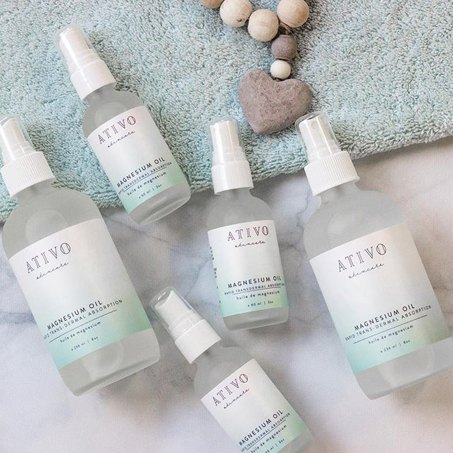 👩🎓MAGNESIUM LESSON 101 from @ativoskincare!! 🗣️ An ultra pure blend for the best potency.  Magnesium oil benefits are amazing and not to be underestimated. 9 out of 10 people both men and women are deficient and yet is the number one most important mineral in our body. Magnesium closely associated to our other electrolytes, which are actually made of minerals (potassium, sodium, calcium and magnesium) are flushed through the kidneys. Physical stress, illness like celiac disease, diabetes and other gut related issues can wreak havoc on Magnesium Levels leaving you feeling out of sorts. Often times a magnesium supplement by mouth is recommended but is highly intolerable by many. Magnesium is considered a natural muscle relaxant and it's ability to calm the nervous system is highly under utilized. Taken by mouth in high doses cause cause stomach upset and diarrhea as it's not fully absorbed into the blood stream.  THIS Mag Oil is a rapid trans-dermal absorption meaning its ability to enter the blood stream through the skin is by far a better application. It does not take 26 seconds to be absorbed by skin (that's a myth btw :) ) rather 20-30 minutes. 🤰🏼 It's absolutely safe to use during pregnancy and breastfeeding but we always ask you to check with your Dr first. Persons with diabetes are sometimes warned to stay away from Magnesium as it can interfere with diabetic medications so please always check with your Dr first. 🛌 It's benefits are wide ranging. Restless leg syndrome, sleep disturbance, PMS cramps and pain, body aches and pain, headaches, migraines, essential for bone and teeth health, osteoarthritis pain and anxiety. 🚿 With our formula you only need 10 to 12 sprays from the large bottle and 18-20 from the smaller.  If you do not like the residue it leaves behind, we suggest showering it off or washing it off after 30 min. The benefits highly outweigh the film it leaves so please don't let it deter you :) It's also safe to use on your little ones just spray on