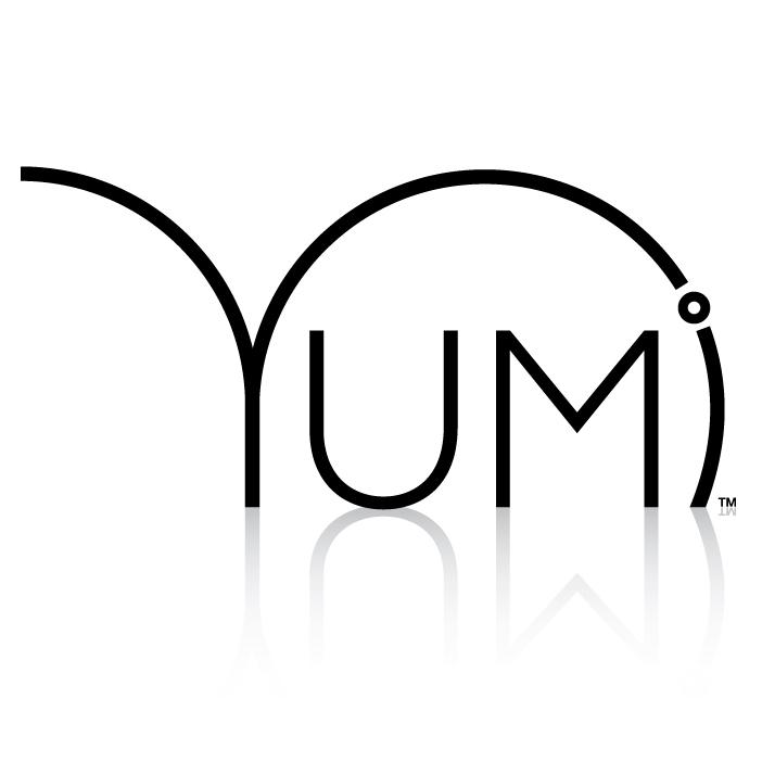 Yumi Lashes Logo - White.jpg