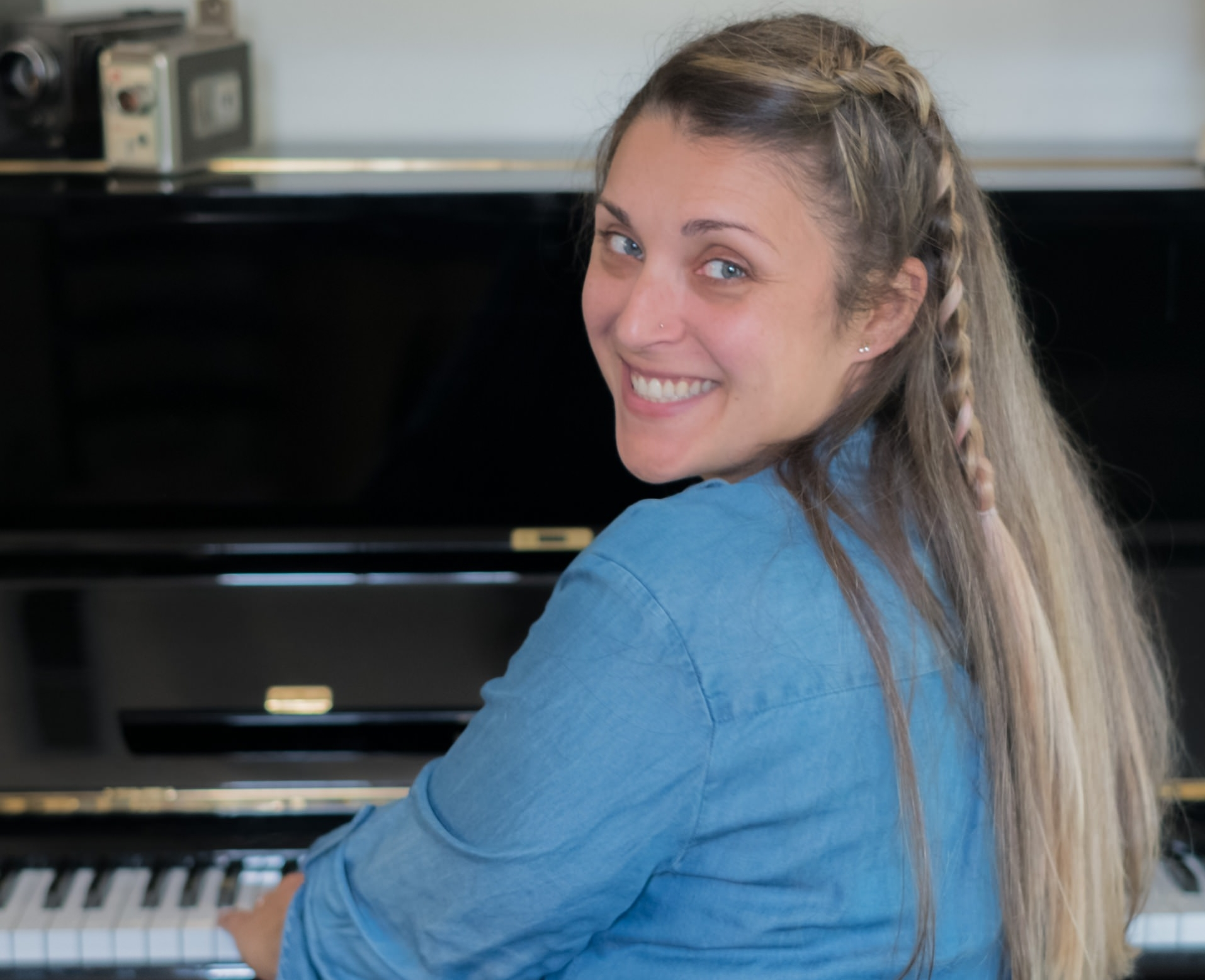 Frannie Whitaker, Certified Simply Music© teacher - Frannie began studying piano with Diane, many years ago, using the Simply Music© method. It was during her time at Roseville Piano Studio that she realized she wanted to teach the brilliant method that she was learning.Diane's plans to expand the studio included Frannie, so she pursued her teaching certification and jumped on board; she began teaching in January of 2012 and has not looked back.Frannie has remained an integral part of Roseville Piano Studio and has a deep appreciation for the ups and downs that come with learning to play the piano. After all, Frannie has been in the student's shoes!