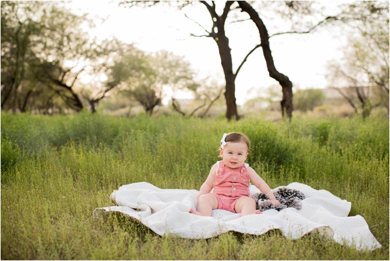 Baby-girl-Turns-One-SweetLife-Photography_0004.jpg
