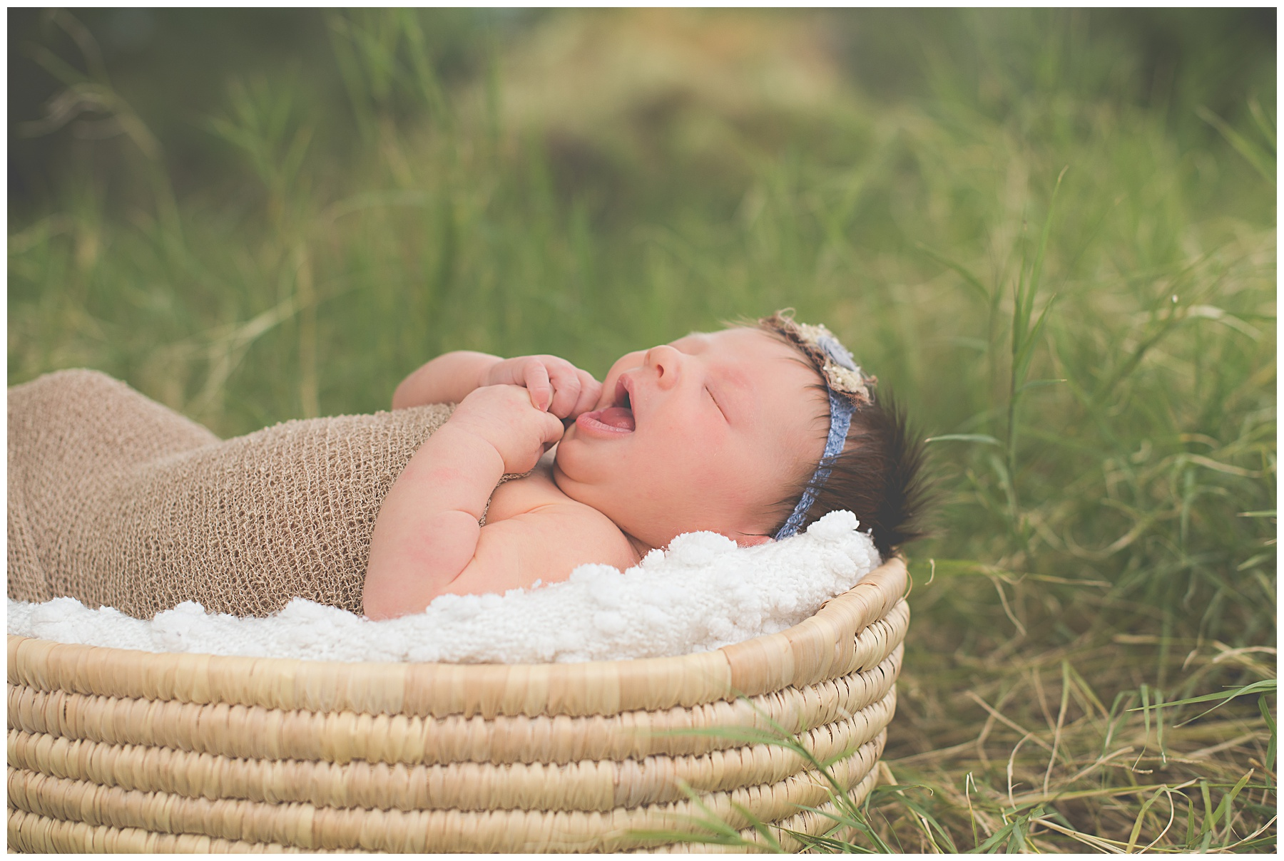 Phoenix-Outdoor-Lifestyle-Newborn-session-Sweetlife-Photography_0008.jpg