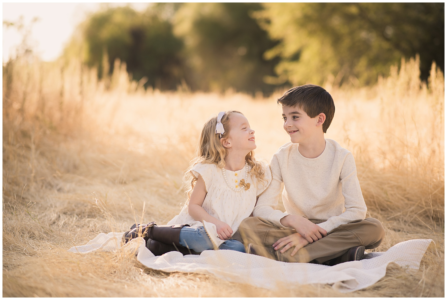golden hour child portrait session | SweetLife Photography