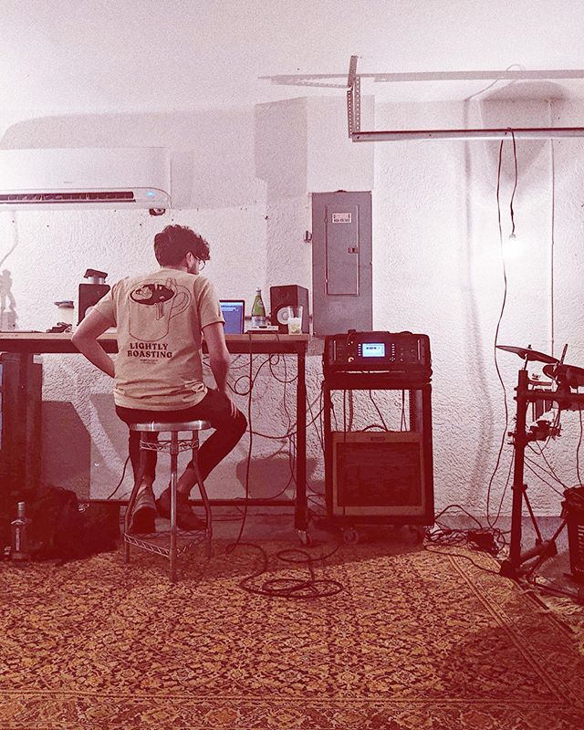 currently writing in our new floridian basement turned studio, baby (AKA ✨the garage✨) btw, new song drops in a couple days y'alllllllllll💁♂️💁♂️💁♂️💁♂️