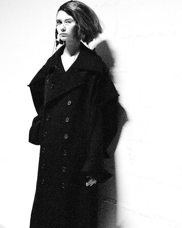 Yohji Yamamoto - Photography by ©  Elise Toïdé , courtesy of the artist