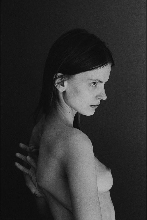 Nikola Romanova  for   pmagazine   by ©   Luca Skro  , courtesy of the artist