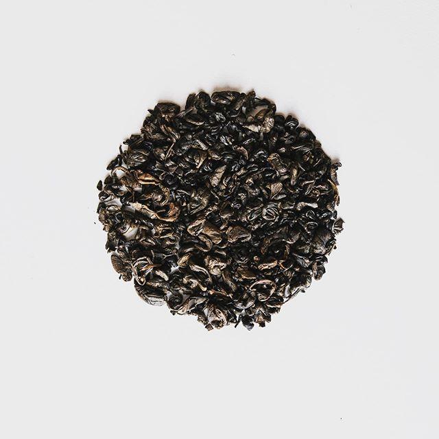 Gunpowder Black Tea ☕️ . . #tealife #tea #blacktea #tealeaves #caffeine #looseleaf