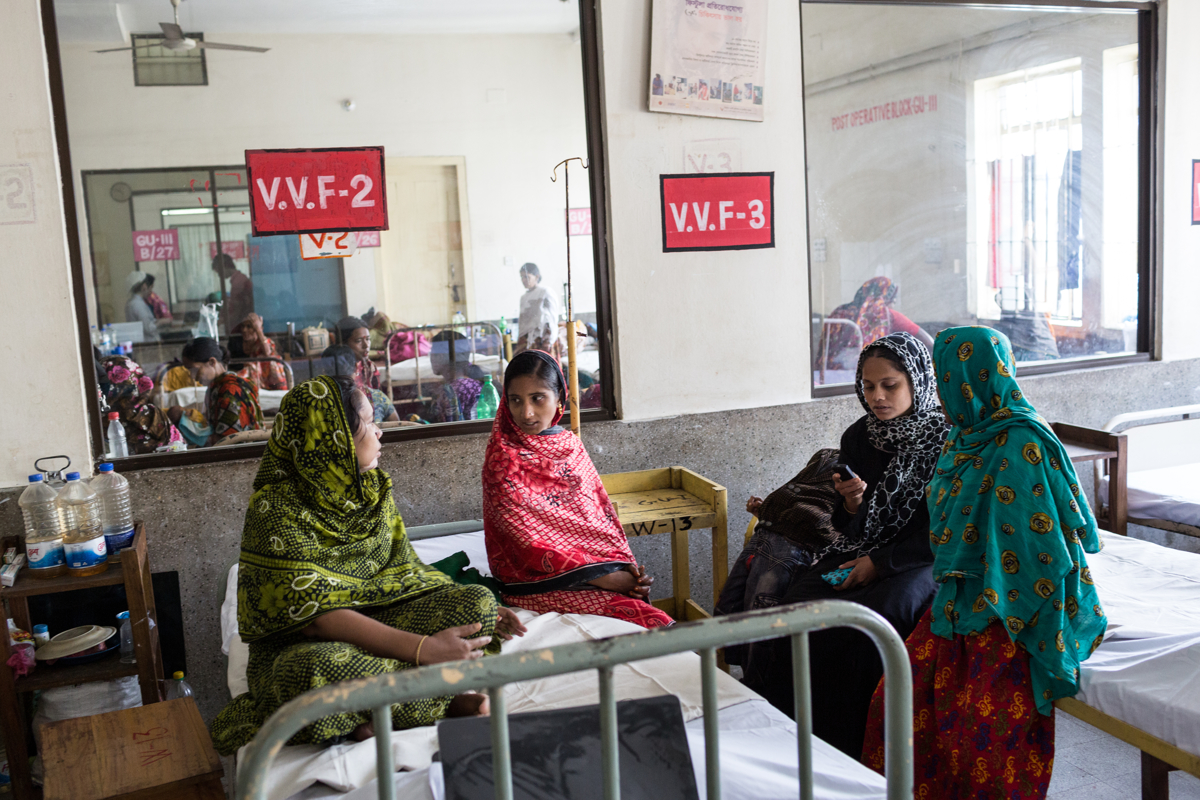 Dec. 02, 2014 - Syllet, Bangladesh. Zubeda Akhter (24) and Shamima Begum (33) Community Fistula Advocate, talk to patients at the Fistula corner of the Syllet Medical College. One of the main challenges to ridding Bangladesh of obstetric fistula is the widespread lack of awareness about the availability of treatment, stalling Bangladesh's efforts to eliminate the condition. © Nicolas Axelrod / Ruom for UNFPA