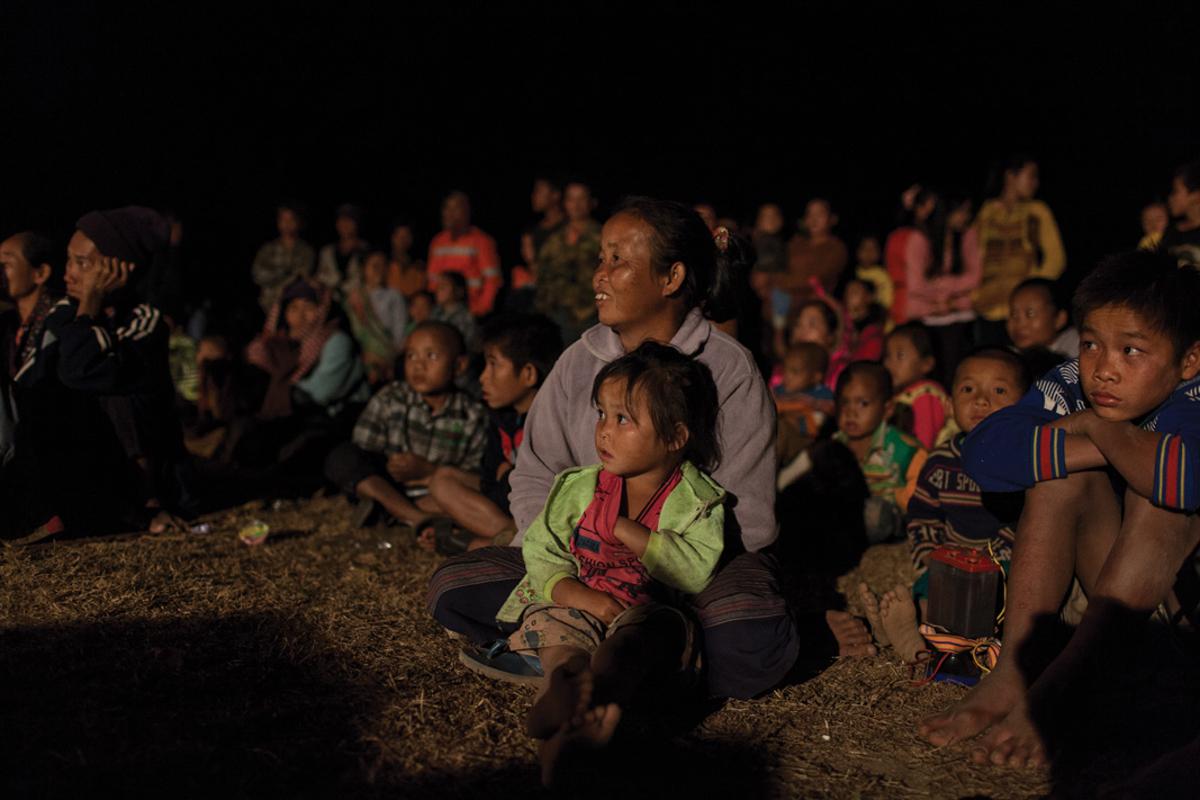 Jan 17, 2013 - Savannakhet, Laos. Mine Risk Education by HI in Phongsavang village. � Nicolas Axelrod for HI