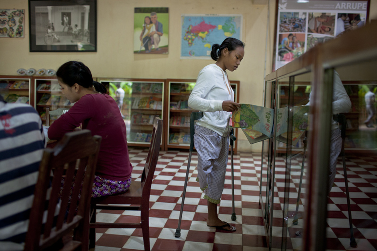 Nov. 09, 2011 - Battambang, Cambodia. � Nicolas Axelrod for HI