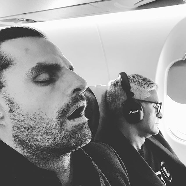 Ordinary travel companions.. #snoozeyoulose #shhhh