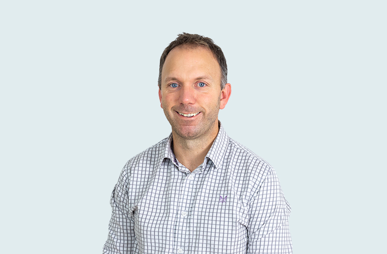 Jamie Polson   As General Manager of the Guernsey office, Jamie has operational responsibilities as well as being the relationship manager and accountant for his client portfolio. He has over 15 years of experience and has managed various structures including PCCs, ICCs, captives and general (re)insurers. (Guernsey)