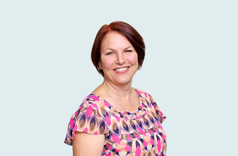 Caroline Gilchrist Estella  FCCA, DIPCII  Caroline has been with Robus since the beginning and is responsible for overseeing Gibraltar clients' financial and regulatory reporting. She has over 20 years post qualification experience in financial services, with most having been spent in insurance. (Gibraltar)