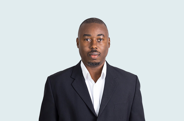 Kamau Francis  FCCA, CPA, CGA, CA, MSc  Kamau joined Robus in 2018 after 8 years in audit. He is responsible for financial account management and insurance reporting for his client portfolio. He has a wide breadth of experience which includes fund and asset management organisations as well as (re)insurance. (Guernsey)