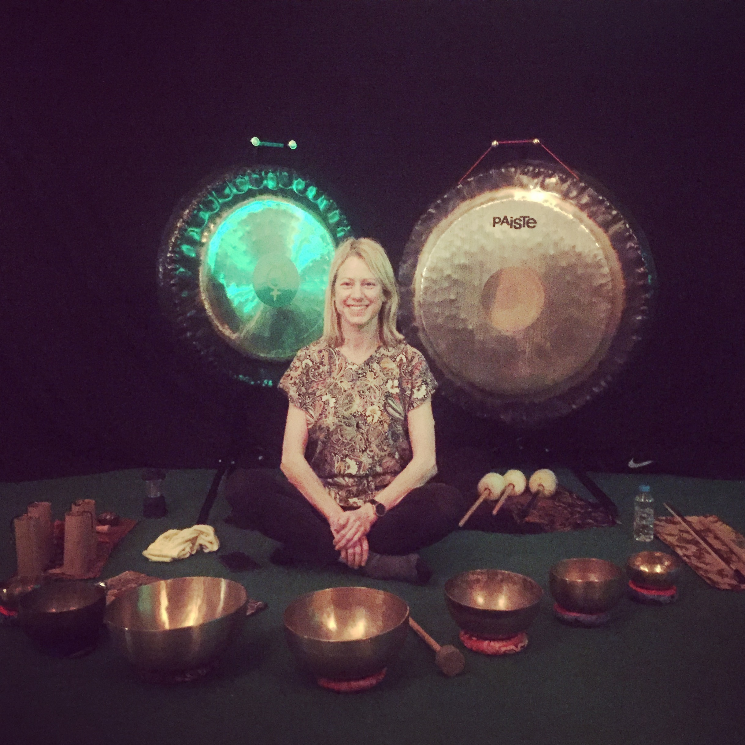 Gong bath at the Dragon Cafe