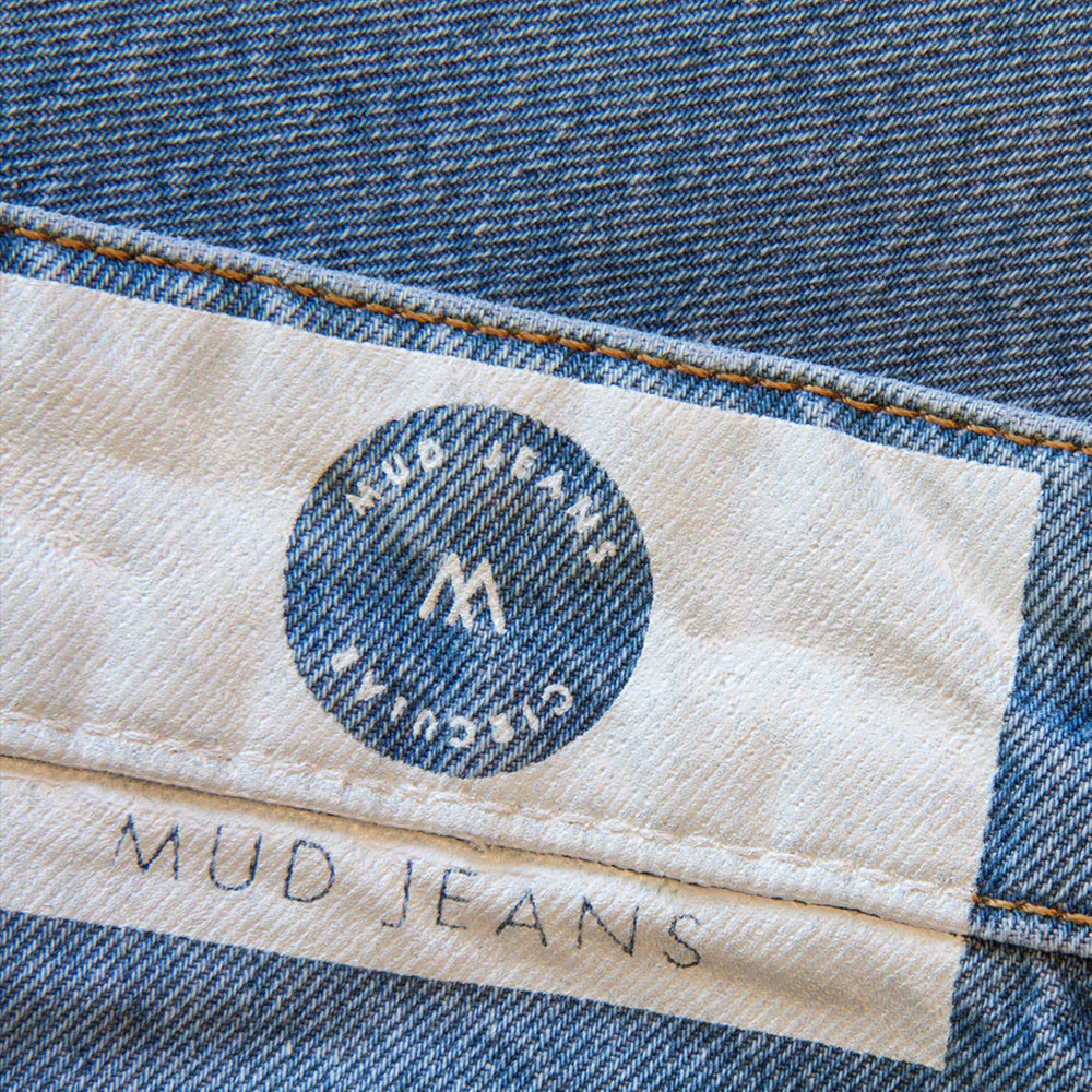Ethical_Brands_Mud_Jeans_MoreThisLessThat_3.jpg