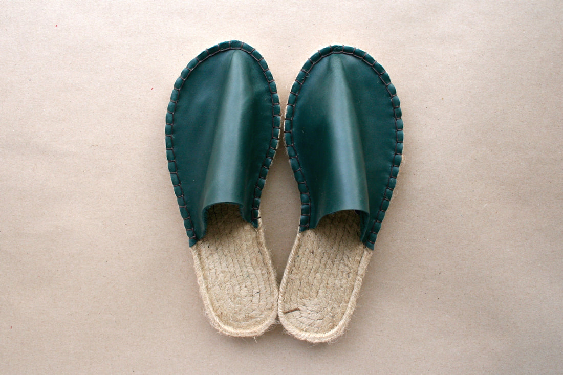 juta-shoes-green-leather-slippers_1_orig.jpg