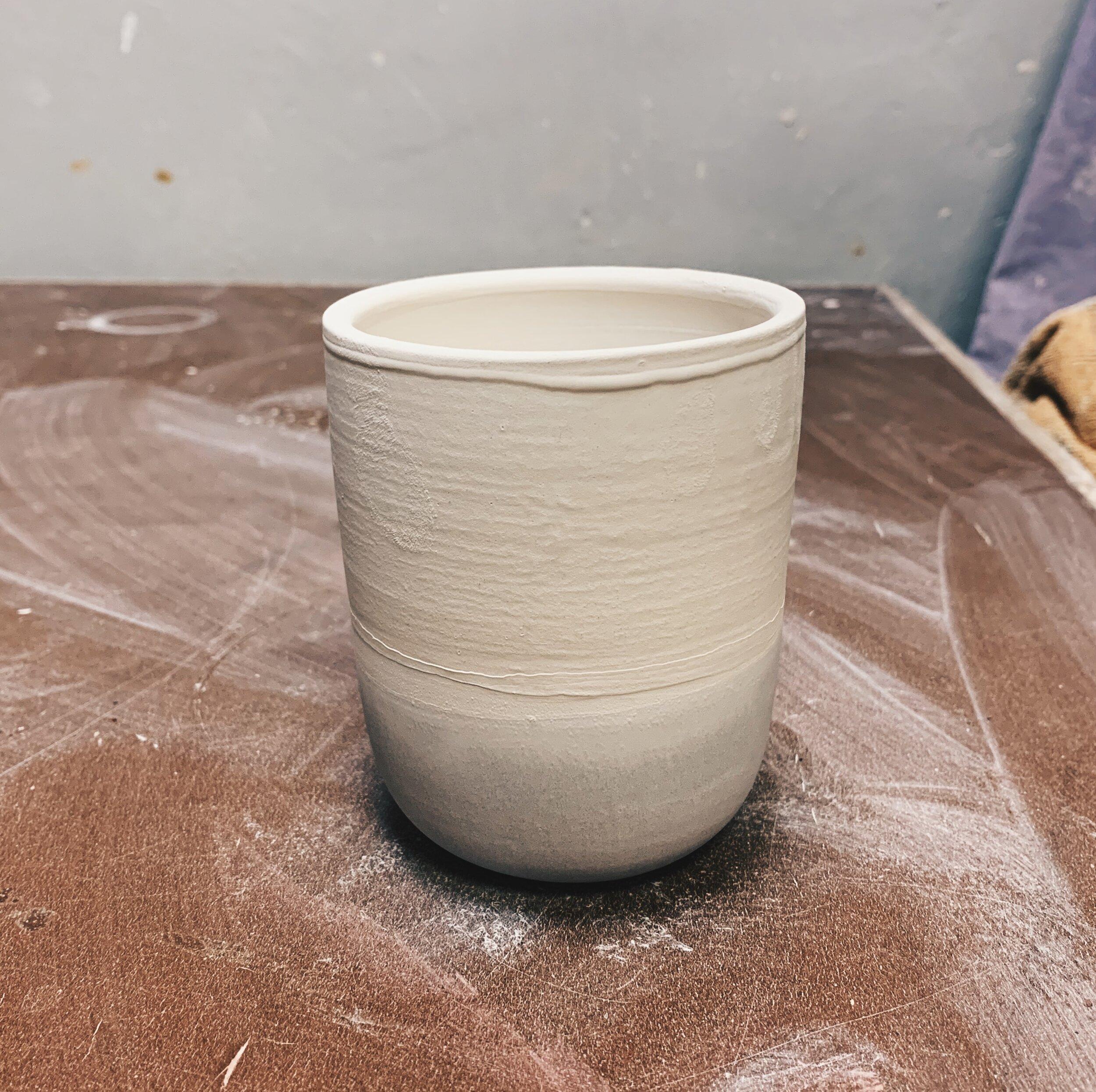 Tasse mit Glasur überzogen