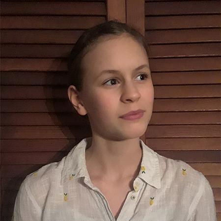 Nika Dolynuk Junior.jpg