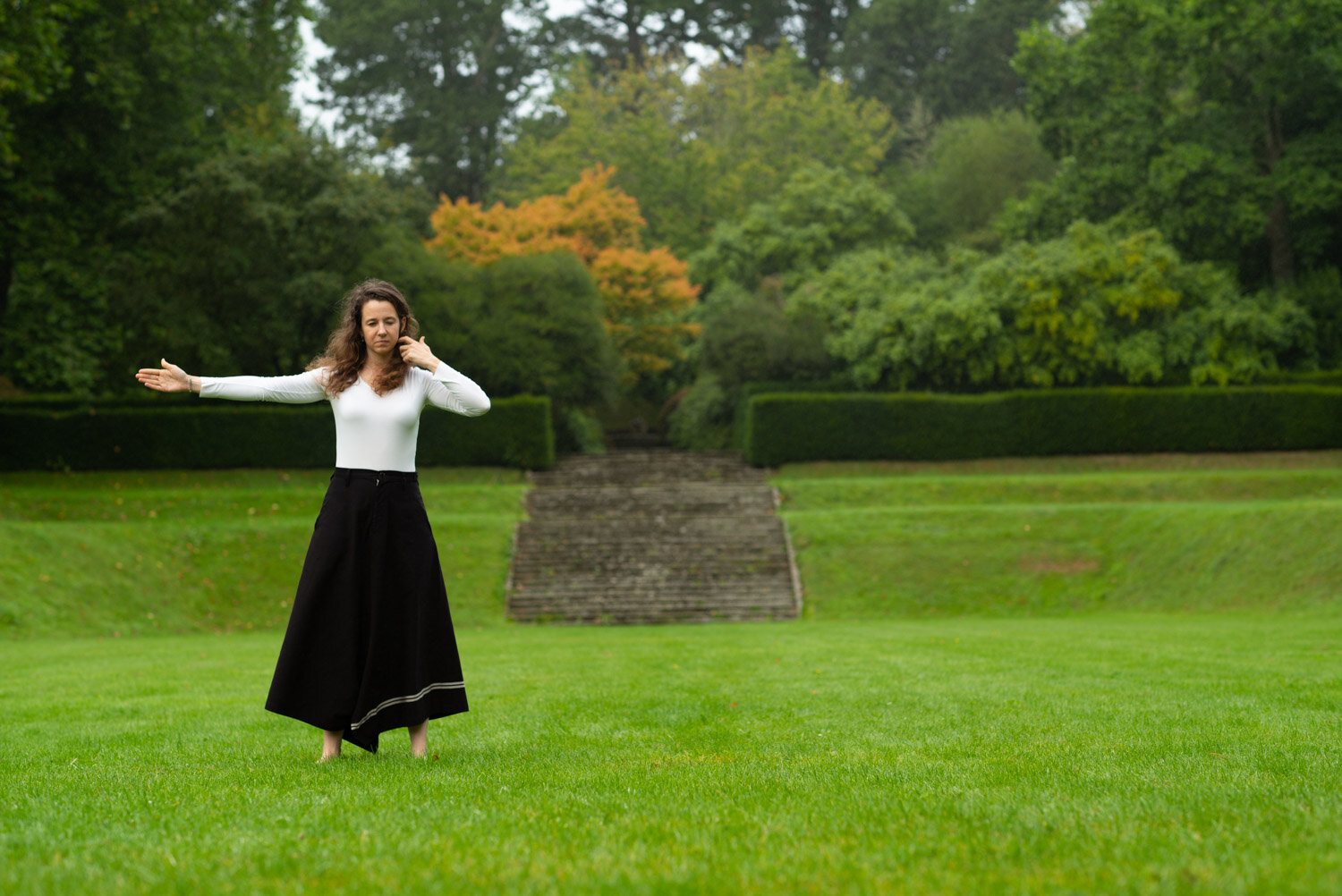 [39]-Dartington Dance Stills.jpg