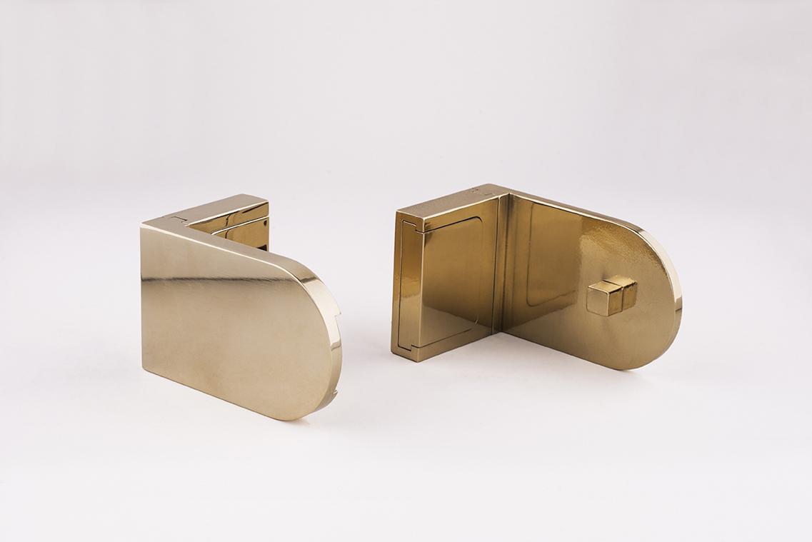 Finesse roller blind brackets - brass.jpg