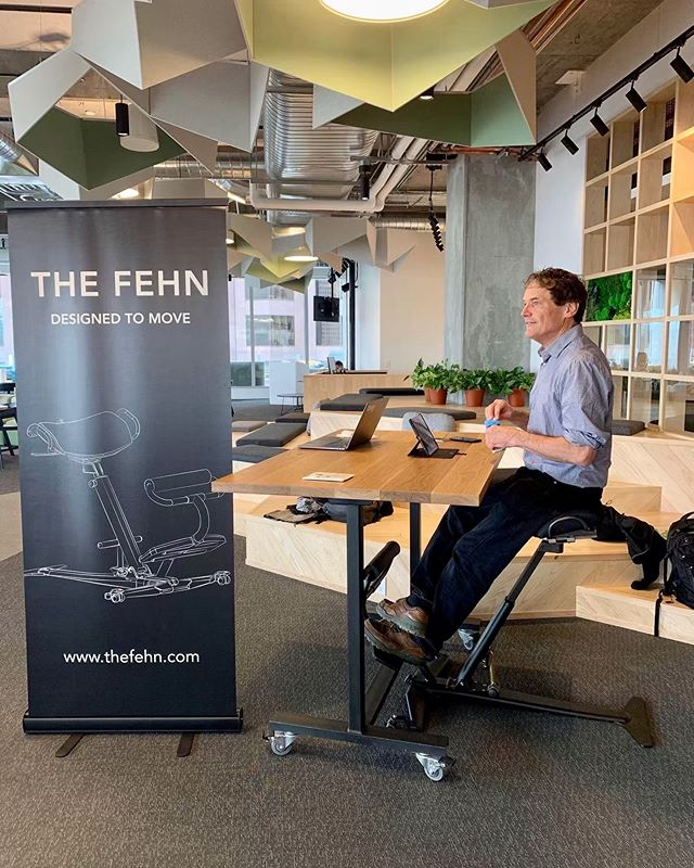 Our founder, Tom Derecktor getting ready for a Fehn demo at a new customer's office. ⠀⠀⠀⠀⠀⠀⠀⠀⠀⠀⠀⠀⠀⠀⠀⠀ From coast to coast we've met countless desk bound workers who are looking for a solution that brings movement and comfort back to their workday.  It's way past time for a change in the way we work!