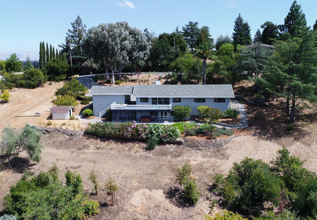 14433 Debell Rd Los Altos Hills Blu Skye Media-0008-Edit-X2.jpg